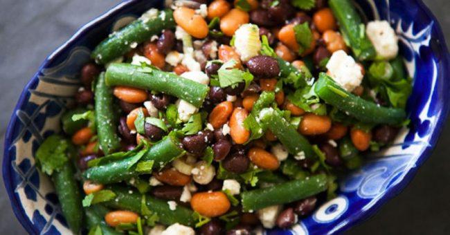 Салат из трех видов фасоли